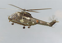 Helicopter-DataBase Photo ID:4002 IAR-330L Puma Romanian Air Force 07 cn:1352