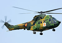 Helicopter-DataBase Photo ID:5656 IAR-330M Puma MEDEVAC Romanian Air Force 106 cn:157