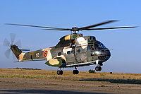 Helicopter-DataBase Photo ID:4300 IAR-330L Puma Romanian Air Force 10 cn:1392