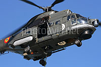 Helicopter-DataBase Photo ID:9820 IAR-330 Puma NAVAL Romanian Navy 141 cn:3159