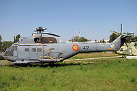 Helicopter-DataBase Photo ID:4305 IAR-330L Puma National Museum of Romanian Aviation 47 cn:67