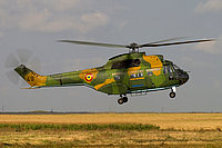 Helicopter-DataBase Photo ID:3980 IAR-330L Puma Romanian Air Force 49 cn:66