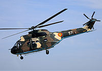 Helicopter-DataBase Photo ID:4252 IAR-330L Puma Romanian Air Force 57 cn:74