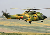 Helicopter-DataBase Photo ID:5652 IAR-330M Puma Romanian Air Force 68 cn:113