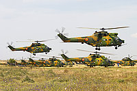 Helicopter-DataBase Photo ID:4309 IAR-330 Puma SOCAT Romanian Air Force 69 cn:102