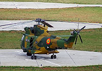 Helicopter-DataBase Photo ID:4414 IAR-330 Puma SOCAT Romanian Air Force 69 cn:102