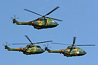 Helicopter-DataBase Photo ID:5657 IAR-330M Puma Romanian Air Force 71