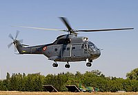 Helicopter-DataBase Photo ID:4321 IAR-330L Puma Romanian Air Force 74
