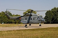 Helicopter-DataBase Photo ID:898 IAR-330L Puma MEDEVAC Romanian Air Force 75 cn:126