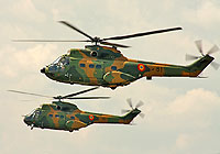 Helicopter-DataBase Photo ID:4255 IAR-330M Puma Romanian Air Force 81 cn:136
