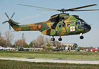 Helicopter-DataBase Photo ID:4337 IAR-330L Puma MEDEVAC Romanian Air Force 85
