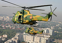 Helicopter-DataBase Photo ID:4346 IAR-330 Puma SOCAT Romanian Air Force 69 cn:102