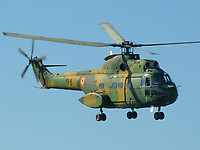 Helicopter-DataBase Photo ID:4327 IAR-330L Puma Romanian Air Force 98 cn:142