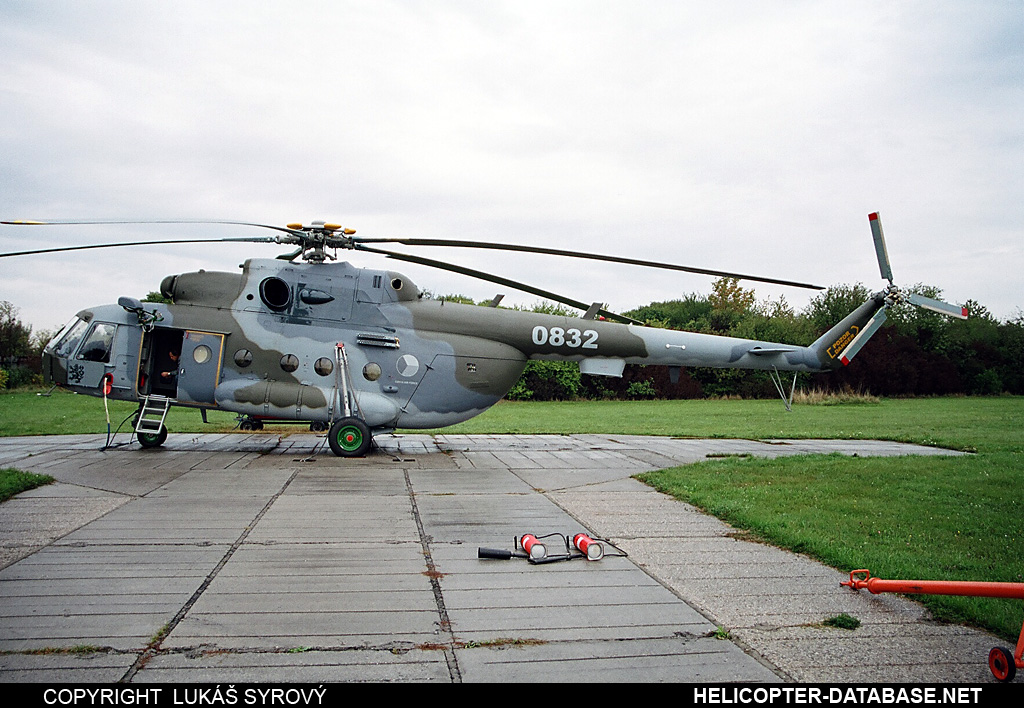 Mi-17SOR (upgrade by LOM)   0832