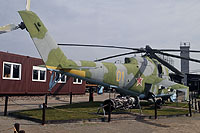Helicopter-DataBase Photo ID:17374 Mi-24V Grenzmuseum Schifflersgrund 01 yellow