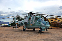 Helicopter-DataBase Photo ID:13259 Mi-24D Pima Air & Space Museum 406 cn:B4002