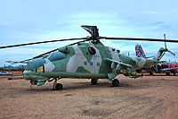 Helicopter-DataBase Photo ID:15648 Mi-24D Pima Air & Space Museum 406 cn:B4002