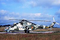 Helicopter-DataBase Photo ID:16888 Mi-24D Combat Helicopter Regiment 5 530 cn:340274