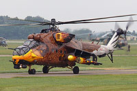"Helicopter-DataBase Photo ID:6521 Mi-24V 86th ""Szolnok"" Helicopter Base 716 cn:220716"