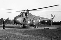Helicopter-DataBase Photo ID:17874 Mi-4 Soviet Air Force 38 yellow