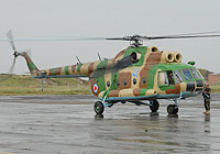 Helicopter-DataBase Photo ID:4820 Mi-8T Georgian Air Force 41 blue