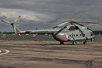 Helicopter-DataBase Photo ID:13236 Mi-8T (upgrade by Helisota 2) Lithuanian Air Force 25 blue cn:99150813
