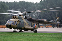 Helicopter-DataBase Photo ID:17069 Mi-8T Czechoslovak Air Force 0818 cn:10818