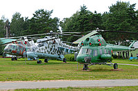 Helicopter-DataBase Photo ID:2133 PZL Mi-2 Central Aeroclub DOSAAF RB - Museum of Aviation Technics 17 red cn:547424111