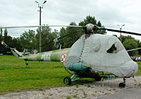 Helicopter-DataBase Photo ID:3177 PZL Mi-2 1st Aviation Training Centre 4042 cn:544042035