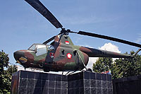 Helicopter-DataBase Photo ID:18000 SM-1 Indonesian National Military - Air Force H-121